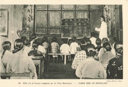 Formose Ile évangélisée Par Les Peres Dominicains Classe Dans Un Orphelinat Mission Catholique - Formosa