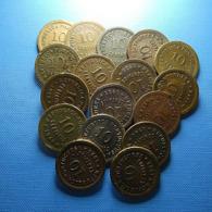 Portugal 31 Coins 5, 10 And 20 Centavos Some In Bad Grade - Münzen & Banknoten