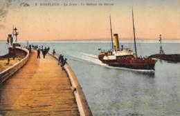 14 - HONFLEUR - La Jetée - Le Bateau Du Havre - Honfleur