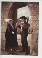 Jeune Couple Du Cercle Ernest Renan, Costume Du Trégor , Folklore De Bretagne N°508 Cp Vierge - Sonstige Gemeinden