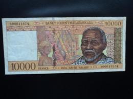 MADAGASCAR : 10 000 FRANCS = 2000 ARIARY    ND 1995     P79a     TTB+ * - Madagascar