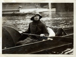 HENLEY REGATTA HENLEY IN THE RAIN 21*16 CM Fonds Victor FORBIN 1864-1947 - Photos
