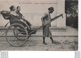 Cochinchine- Saigon- Femmes En Pousse-pousse - Vietnam