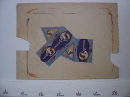 Ancienne Publicite Carton BOITE Fautee AD Fromage A Tartiner LA VACHE SERIEUSE - Reclame