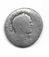 Denier De Titus Ou Vespasien - 2. The Flavians (69 AD Tot 96 AD)