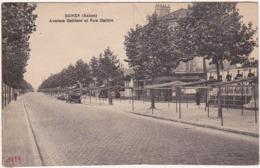 93 - BONDY (Seine) / Avenue Gallieni Et Rue Gatine / Personnages, Voiture / 1929 - Bondy
