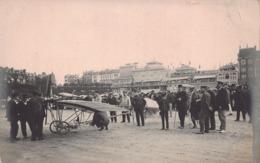 DINARD  - SAINT MALO - AVIATION -  Roland GARROS  Sur La Plage Avec Son Avion ( Voir Article Ouest Eclair Septembre 1910 - Dinard