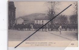 Ay (51) Révolution En Champagne Avril 1911 - Dragons Attendant Des Ordres - Ay En Champagne