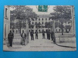 """86 )  Chatellerault - Caserne Laage  """" L'entrée """" - Année 1911 - EDIT - Nouvelles Galeries - Chatellerault"""
