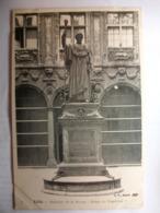 Carte Postale Lille (59) Intérieur De La Bourse - Statue Napoleon 1° (CPA Dos Non Divisé Noir Et Blanc Non Circulée) - Lille