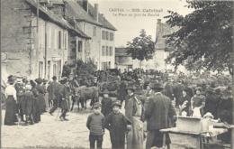 CPA Calvinet La Place Un Jour De Marché - Autres Communes