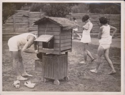 WOMENS GARDEN GYMNAST  AT CANNES    20*15 CM Fonds Victor FORBIN 1864-1947 - Photos
