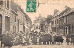 60 SAINT JUST EN CHAUSSEE Rue De L'Hôtel De Ville - Saint Just En Chaussee