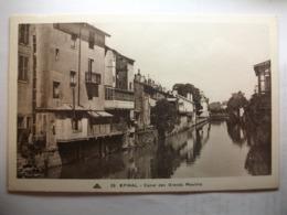 Carte Postale Epinal (88) Canal Des Grands Moulins  (Petit Format Noir Et Blanc Non Circulée ) - Epinal