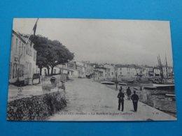 85 ) Ile-d'yeu - La Mairie Et La Place Lapilaye - Année  - EDIT - AD - Ile D'Yeu