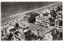 COUTAINVILLE -- 1964--En Avion Au-dessus...Vue Aérienne Le Casino,la Plage..éd  Lapie...cachet Coutances-50....à Saisir - Altri Comuni