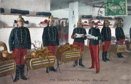 CAVALERIE - Dragons - Une Revue - Regimenten