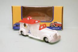 American Dimestore - VOITURE PLASTIQUE ICE CREAM TRUCK Camion à Glaces Vintage 30052 Neuf 1/43 - HotWheels