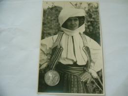 FOTO COSTUME TRADIZIONALE CONTADINO CONTADINA TRANSILVANIA ROMANIA CM.12X18-31 - Mestieri