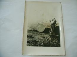 FOTO COSTUME TRADIZIONALE CONTADINO CONTADINA ARDEAL ROMANIA CM.12X18-33 - Mestieri