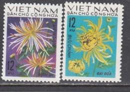 Vietnam Nord 1974 - Flowers, Mi-Nr. 774/75, MNH** - Vietnam