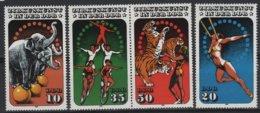 ART 51 - RDA ALLEMAGNE DEMOCRATIQUE N° 2606/09 Neufs** Thème Cirque - Ungebraucht
