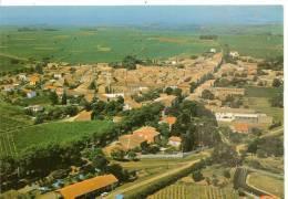 17414 - POMEROLS -  VUE AERIENNE SUR L'ENSEMBLE DU VILLAGE. EN ARRIERE PLAN: SETE - France