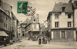 LAMBALLE L'ENTREE DE LA RUE BASSE - Lamballe