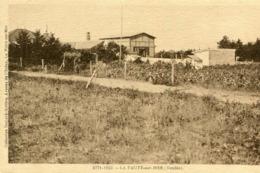 LA FAUTE SUR MER - Endroit Campagnard à Identifier De La Vigne Prairie Grand Bâtiment - Frankreich