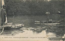 Nouvelles Hebrides Port Vila Pirogues  Edit Gubbay Noumea . Petit Defaut Surface à D. Le Deley - Vanuatu