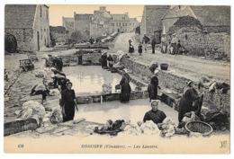 Cpa: 29 ROSCOFF (ar. Morlaix) Les Lavoirs (bien Animés, Laveuses, Lavandières) - Ed. ND  N° 479 - Roscoff