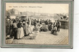 CPA - MARSEILLE (13) - Débarquement Et Ventes Des Oranges Dans Le Vieux Port - Transport Avec Paniers En Osier - 1900 - Vieux Port, Saint Victor, Le Panier