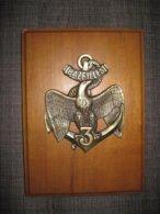 Insigne En Bronze Sur Plaque Bois 3 Bazeilles - Frankreich