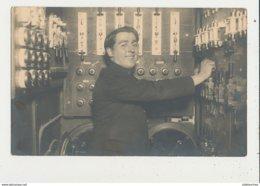 PARIS LE LIDO 1930 CARTE PHOTO MACHINISTE CPA BON ETAT - Petits Métiers à Paris