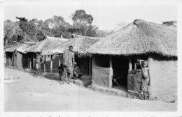 A-19-5549 : OUBANGUI. TYPE D'HABITATIONS INDIGENES DE LA BROUSSE. - Cartes Postales