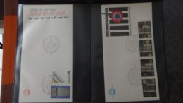 Dispersion D'une Collection D'enveloppe 1er Jour Et Autres Dont 69 De SUISSE - Collezioni (in Album)