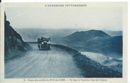 ROUTE AUTOMOBILE DU PUY-DE-DÔME ._ UN CAR DE TOURISME DANS LA GRIMPÉE - Autobus & Pullman