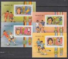 Football / Soccer / Fussball - WM 1986:  Guinea  4 SoBl **, Perf. - World Cup