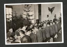 Photo Hoffmann Nr W 44,  Westfeldzug, Kanzler Bei Einer Weihnachtsfeier Der Luftwaffe - Duitsland