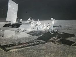 WW1 - GRANDE PLAQUE DE VERRE - NEGATIF - ACCIDENT AVION - MILITAIRE - MILITARIA - ANIMEE - 17,5 X 12,5 Cm - Glass Slides