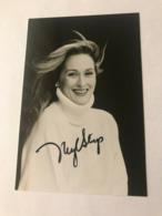 Meryl Streep Actress Photo Hand Signed Autograph 12x17 Cm - Dédicacées