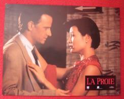 12 Photos Du Film La Proie (1995) - Albums & Collections