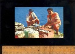 TAHITI Polynésie Française : ILES MARQUISES : Récolte Des Oeufs De Kaveka Sur L'ile De UA HUKA - Polynésie Française