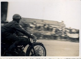 1954 , MOTOCICLISMO , MOTOCICLETA , MOTO , MOTORCYCLE , MOTORRAD - ANTIGUA FOTOGRAFIA ORIGINAL - Fotos