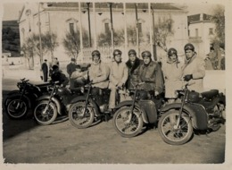 AÑOS 50 , ASTURIAS / VEGADEO  , MOTOCICLISMO , MOTOCICLETA , MOTO , MOTORCYCLE , MOTORRAD - ANTIGUA FOTOGRAFIA ORIGINAL - Fotos