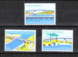 Antille  - 1975. Ponti Dedicati A Regine Olandesi. Bridges Dedicated To The Queens Of Orange. MNH - Ponti
