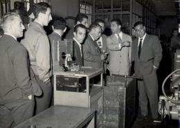 1958 / FABRICA DE MOTO GUZZI - MANDELLO DEL LARIO , MOTOCICLETA , MOTORCYCLE , MOTORRAD - ANTIGUA FOTOGRAFIA ORIGINAL - Fotos