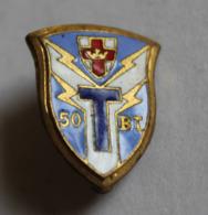 Petit Insigne émaillé Broche 50 BT Bataillon De Transmissio - Heer