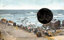 Blankenberghe - Blankenberge - Sur Le Brise-Lames (animée, Avec Insertion Photo D'époque 1910) - Blankenberge