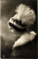 Cpa Fantaisie Femme Portrait - Femmes